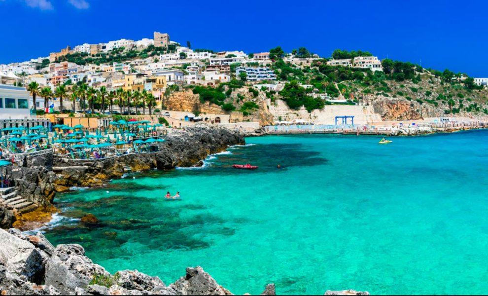 Puglia Stad Aan Zee
